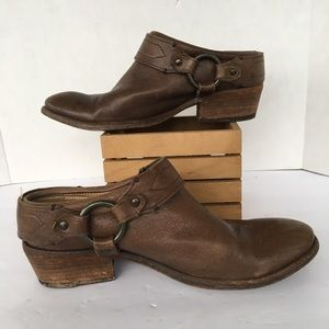 Frye Brown Round Toe Harness Mules 8
